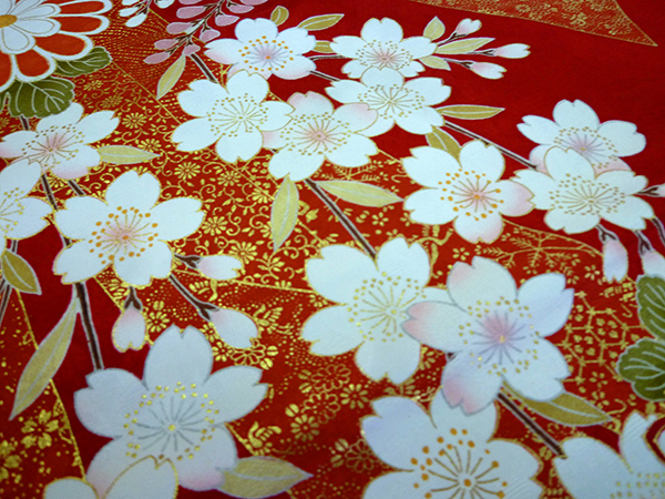 古典柄の振袖-桜